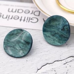 Jewelry - Beautiful Acrylic green curved round earrings🌿